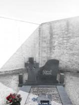Monument funerar cu cruce de origine celtica.