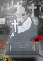 Cruce funerara lacrima din granit gri inchis