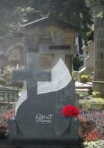 Cruce funerara granit lacrima