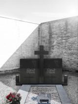 Monument fuenrar dublu negru abanos